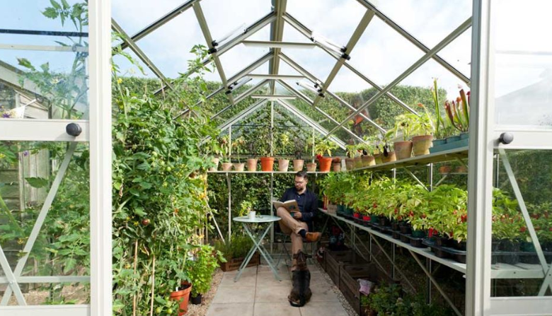 About Rhino Greenhouses homepage