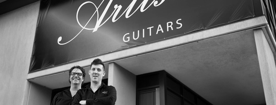 About Artist Guitars Homepage